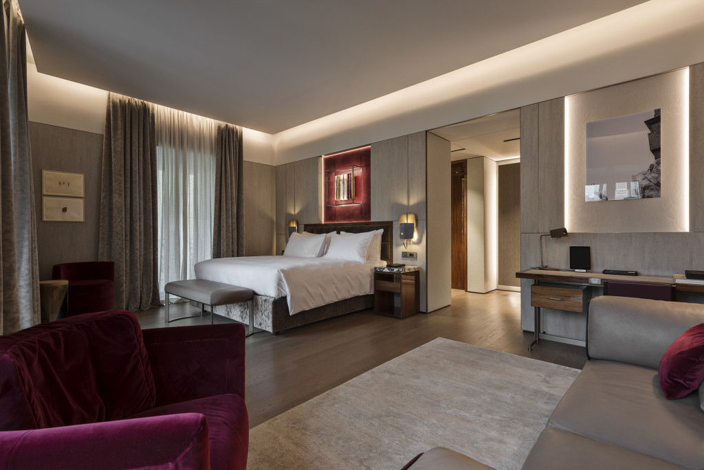 30_FENDI PRIVATE SUITES_ Room 1