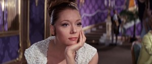 Diana Rigg《女王密使On Her Majesty's Secret Service》(1969)飾演Tracy。