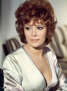 Jill St. John在《金鋼鑽Diamonds Are Forever》(1971)飾演Tiffany Case。