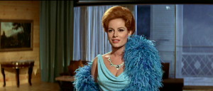 Luciana Paluzzi在《霹靂彈Thunderball》(1965)飾演Fiona。