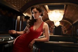 Bérénice Marlohe在《空降危機Skyfall》(2012)飾演Lim Marlohe。