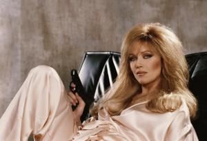 Tanya Roberts在《雷霆殺機A View To a Kill》(1985)飾演Stacey Sutton。