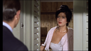 Zena Marshall在《第七號情報員Dr. No》(1962)飾演Miss Taro。