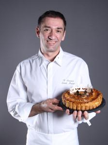 台南晶英酒店法籍甜點主廚羅倫,首推法國傳統國王餅乾,邀您嚐鮮!