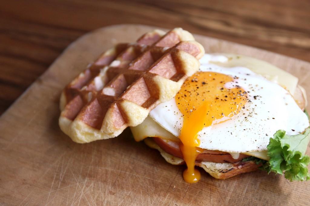 Dears Waffle & Café_闊克太太鬆餅三明治NT$280