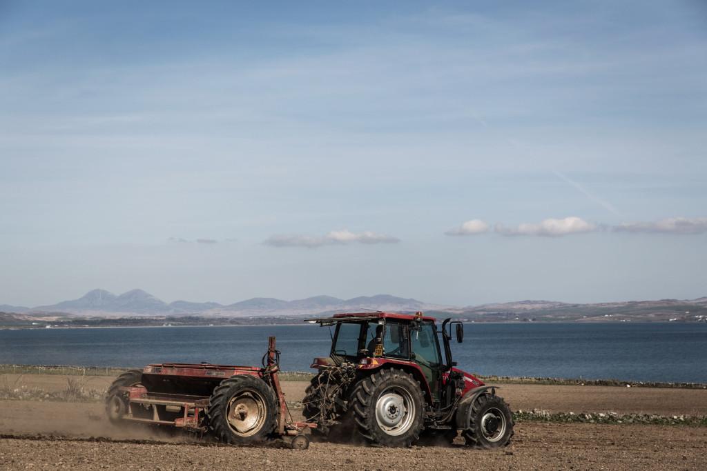 奧特摩07.3使用100%艾雷島上臨海的奧特摩農場2010年收成的Oxbridge大麥