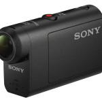 如果一般的戶外相機滿足不了你,可能就要選擇數位攝影機來玩一玩,Sony的Action Cam可以滿足你的需求!配備與高階機種同級的SteadyShot防震功能,能呈現細膩流暢的畫面與感光度,忠實重現細節;超廣角鏡頭能拍出完整、寬廣的畫面,捕捉精采事物不受限;搭配全新隨附防水外殼可直接於水深60公尺的環境下拍攝,而新增可調整變焦、4K 縮時攝影等功能,讓拍攝更加直覺簡易充滿樂趣,為每趟熱血旅程創作精彩的影像紀錄! Sony HDR-AS50_$7,980。