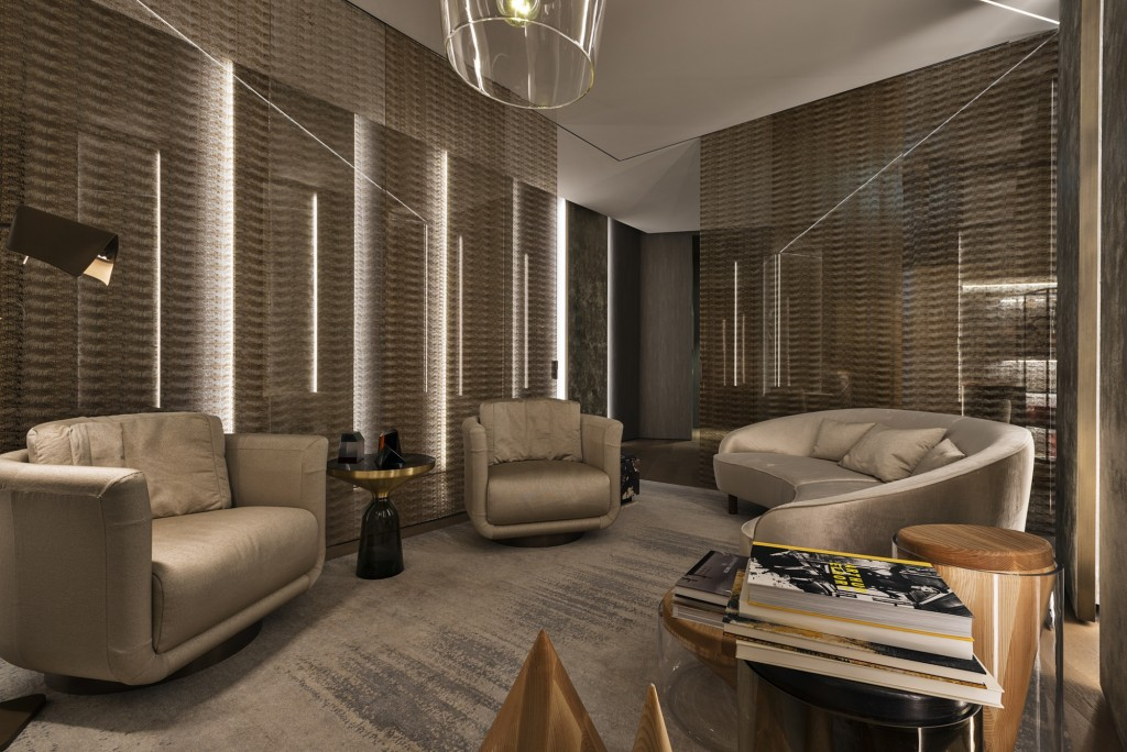 21_FENDI PRIVATE SUITES_ Meeting Room-Lounge Area Floor 3
