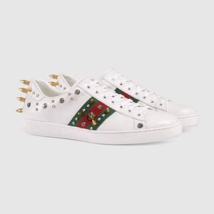 ACE 鉚釘與虎頭裝飾運動鞋 NT$ 27400 (男版)