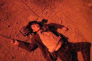 003【地獄哪有那麼HIGH】劇照_神木隆之介飾演遁入地獄的純情早逝高校生,在地獄有一連串出乎意料的奇遇
