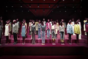Gucci 佛羅倫斯博物館內 Tom Ford 展間_ 服裝展間 (2)