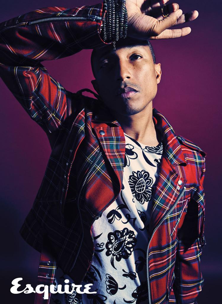 夾克 by Black Comme des Garçons,菲董私人物品;T恤 by Junya Watanabe。
