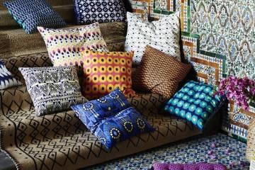20170306JASSA系列有許多織品及家飾,其靈感取自於東南亞的混搭顏色和圖案,亮眼風格令人驚艷