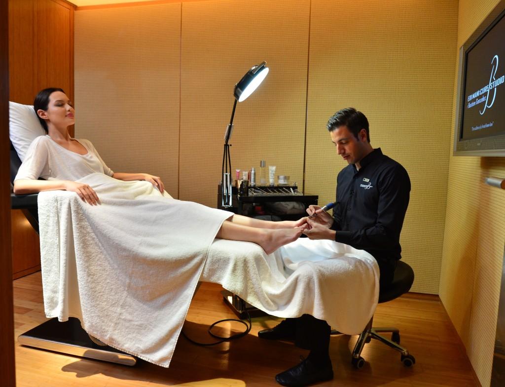MOTPE - Bastian Gonzalez屢獲殊榮的頂級美甲療程
