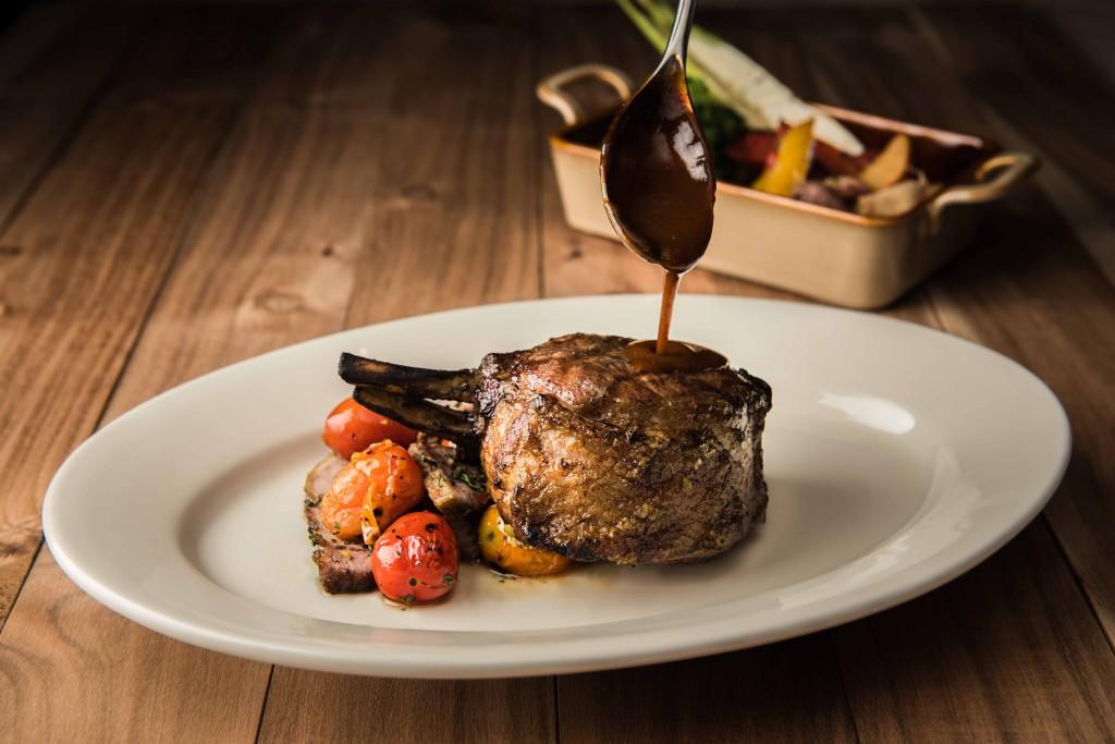 單人套餐主餐:戰斧豬排