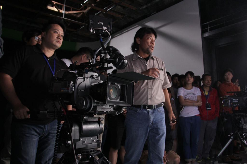 常與著名演員、導演合作的賓哥,對電影的傳承也不遺餘力。