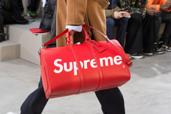 Supreme x Louis Vuitton KEEPALL BANDOULIÈRE