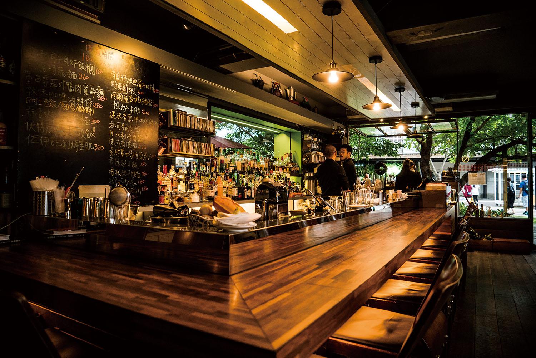 《君子秘密基地》台北城中祕境 Trio café 三重奏